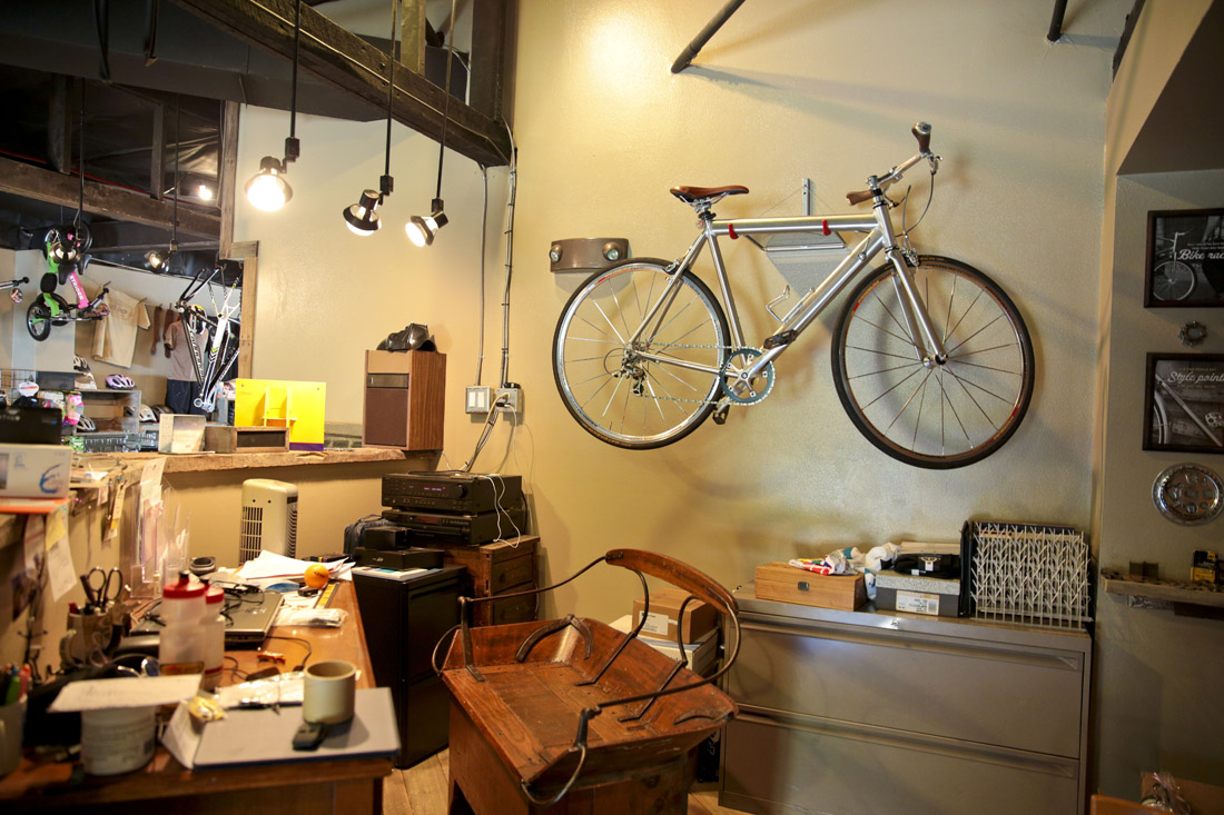 jerks-bike-shop-tour-02