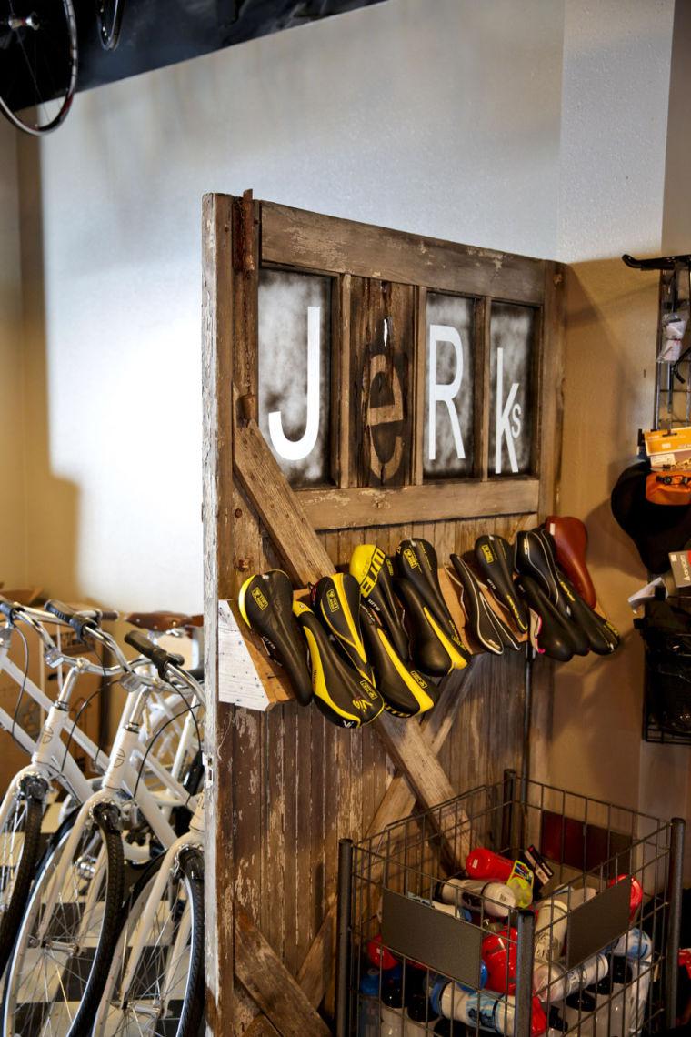 jerks-bike-shop-tour-03