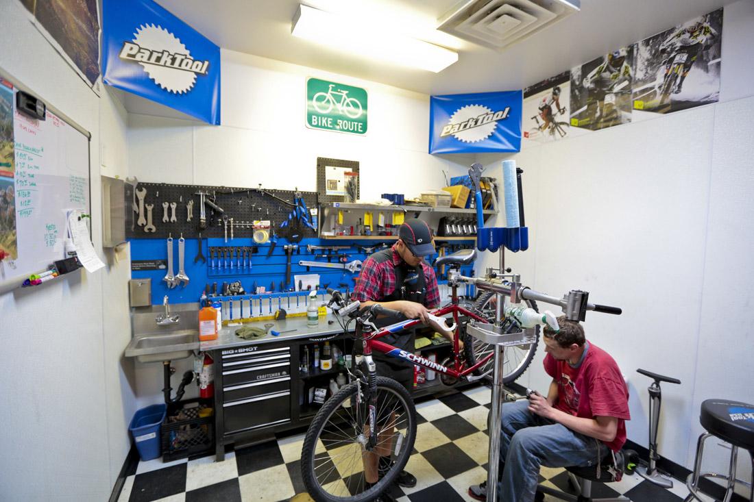 jerks-bike-shop-tour-09
